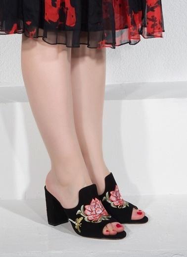 Nemesis Shoes Nemesis Shoes Gerçek Deri Topuklu Kadın Terlik Siyah